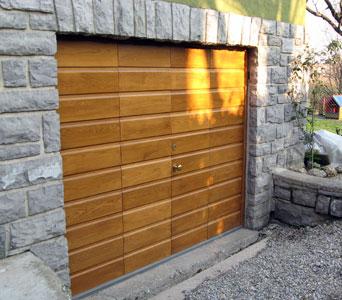 Le varie tipologie di porte adatte all 39 esterno - Tipologie di porte ...