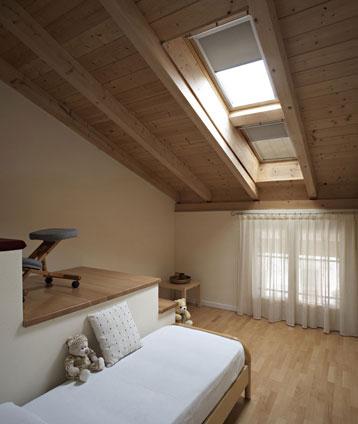 Tende oscuranti a soffitto per la cameretta